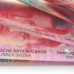 """Jak """"frankowym"""" bankom idzie w sądach? Sprawdzamy, co mówią akcjonariuszom"""